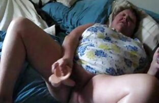 Gadis asia muda free bokep japan Ann Rice suka mengisi vaginanya dengan daging putih.